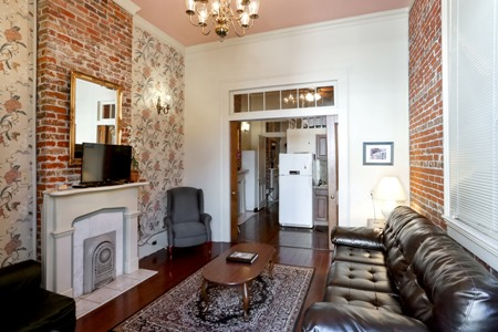 The New Orleans 1 Bedroom Luxury Apartment Homes With Modern